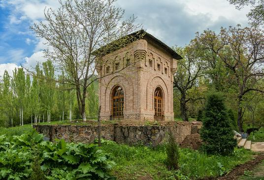Волшебный сад Богустан