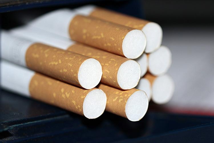 Рынок табачные изделия блоки сигарет купить