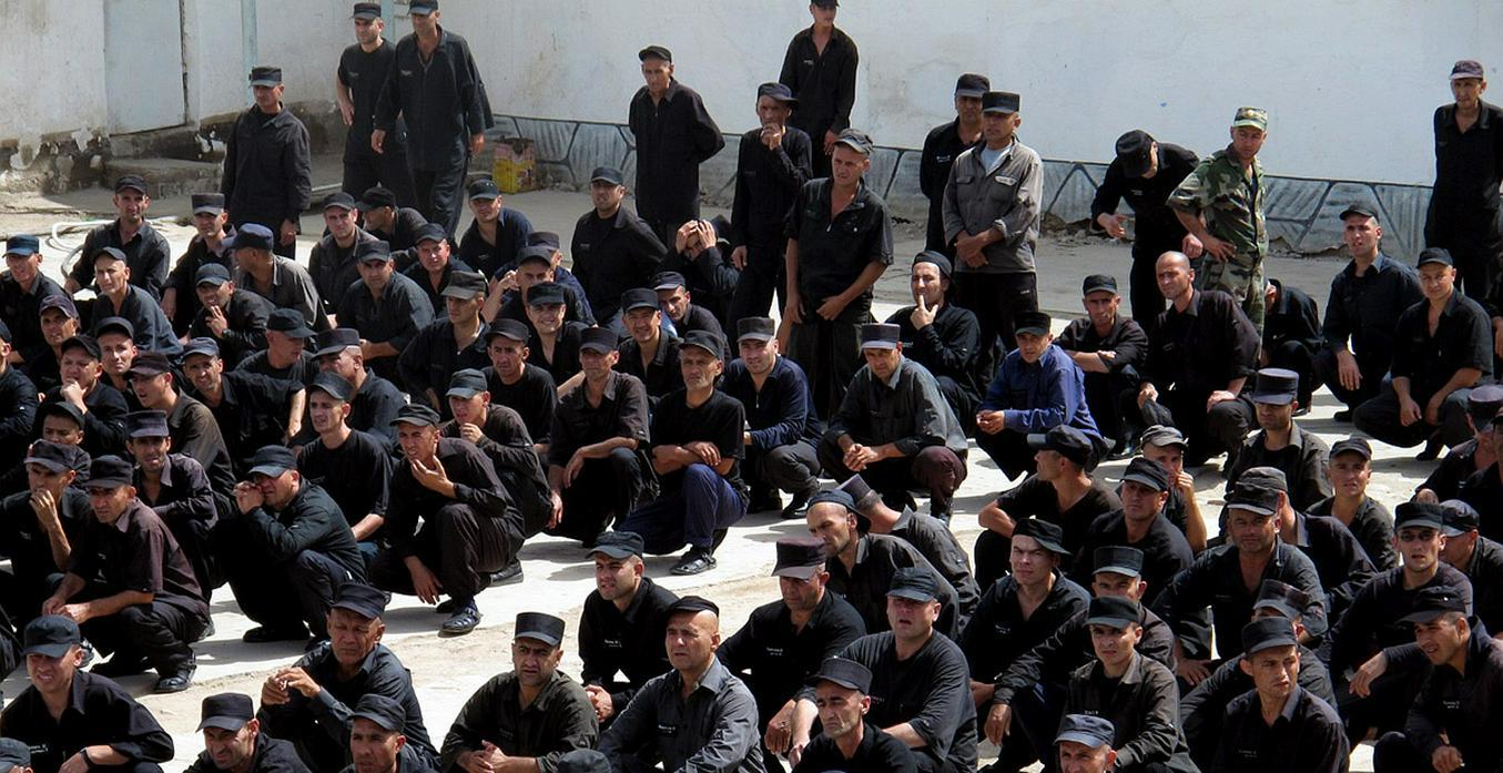Таджикистан оказался перед угрозой «тюремного джихада»