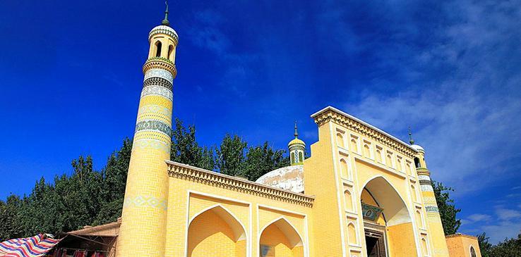 Заблудшие уйгуры и халялизация всей страны