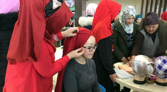 Совиные перья против хиджаба