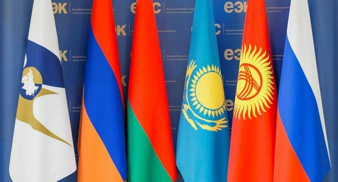 Узбекистан задумался о евразийском пути