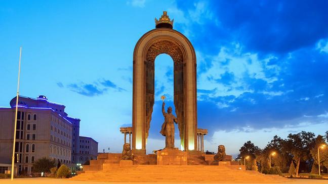 Понедельник Сталина на Душанбинке